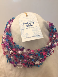 Crochet necklace in pink and blue