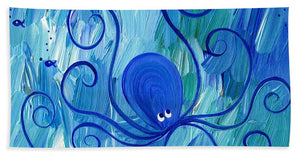 Octopus Swimming - Beach Towel