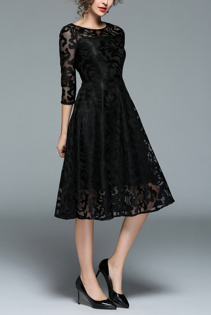 Cropped Sleeve Slim Lace Formal Dress