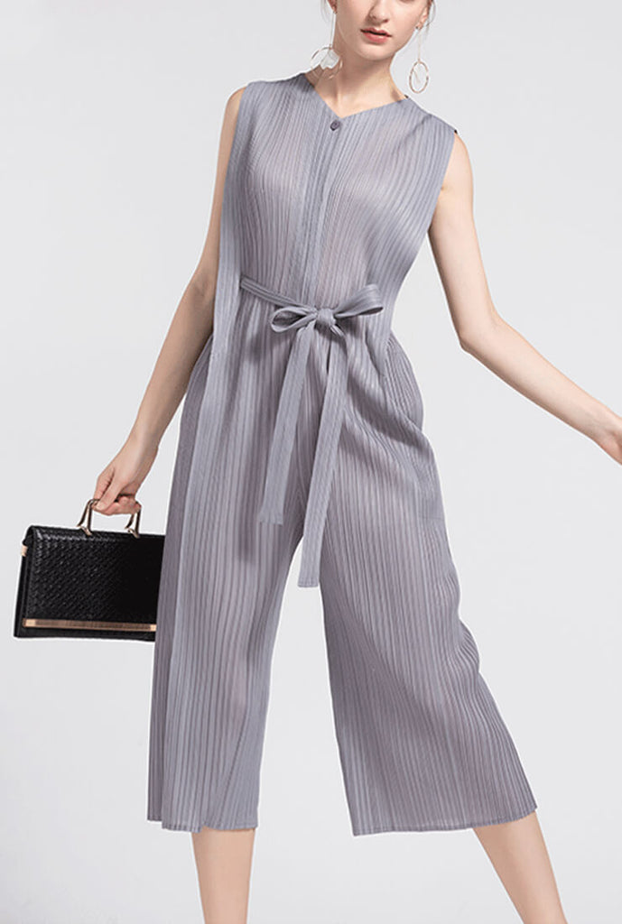 High-waisted Pleated Slim Jumpsuit