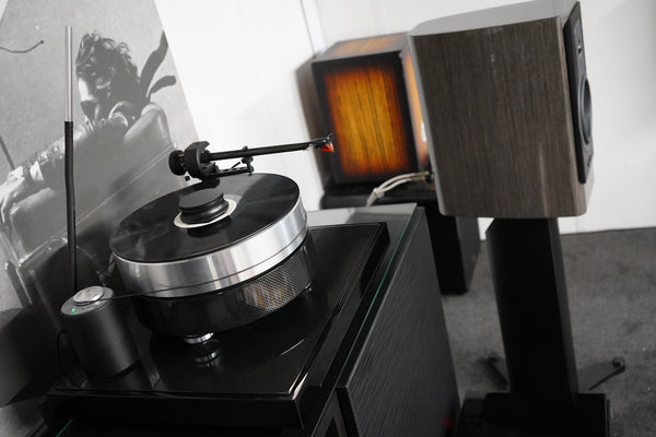 Dynaudio Contour 20i with Pro-Ject RPM10 Carbon