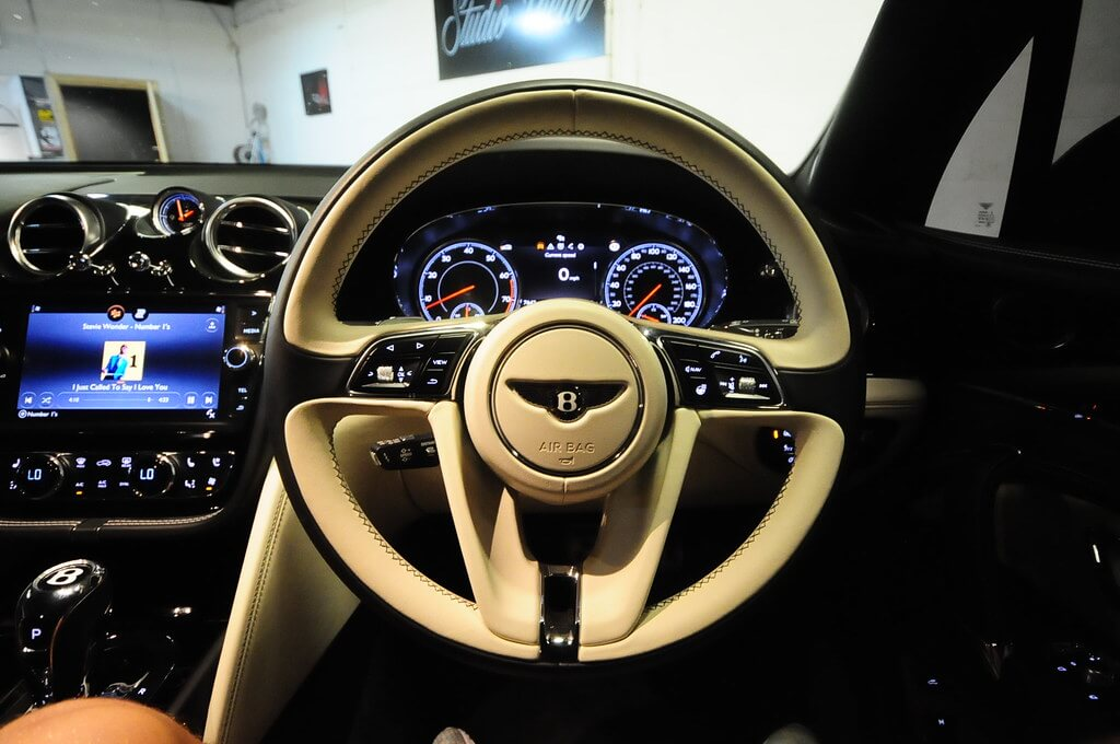 Steering Wheel - Dashboard