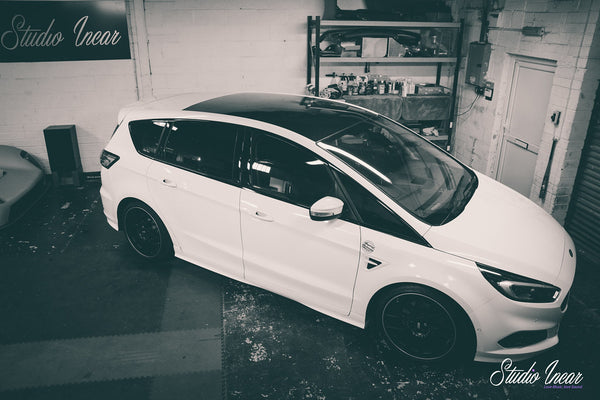 Ford S-Max Garage Shot