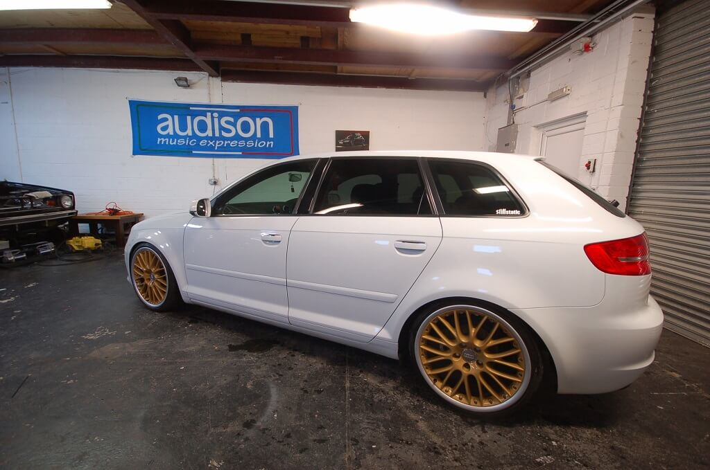 Audi A3 Sportback with Speedlines