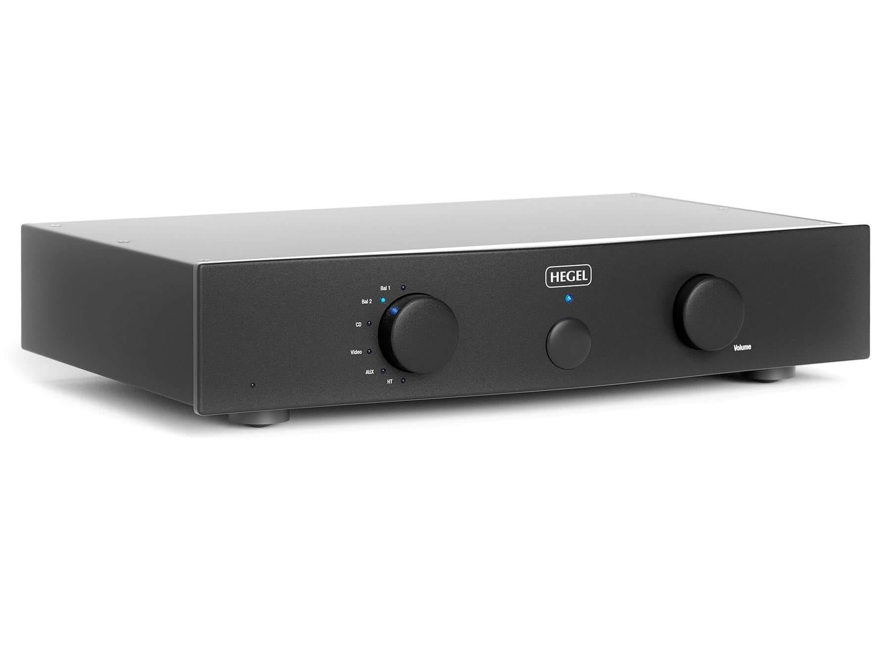 Hegel P20 - Preamplifier - Front Angled