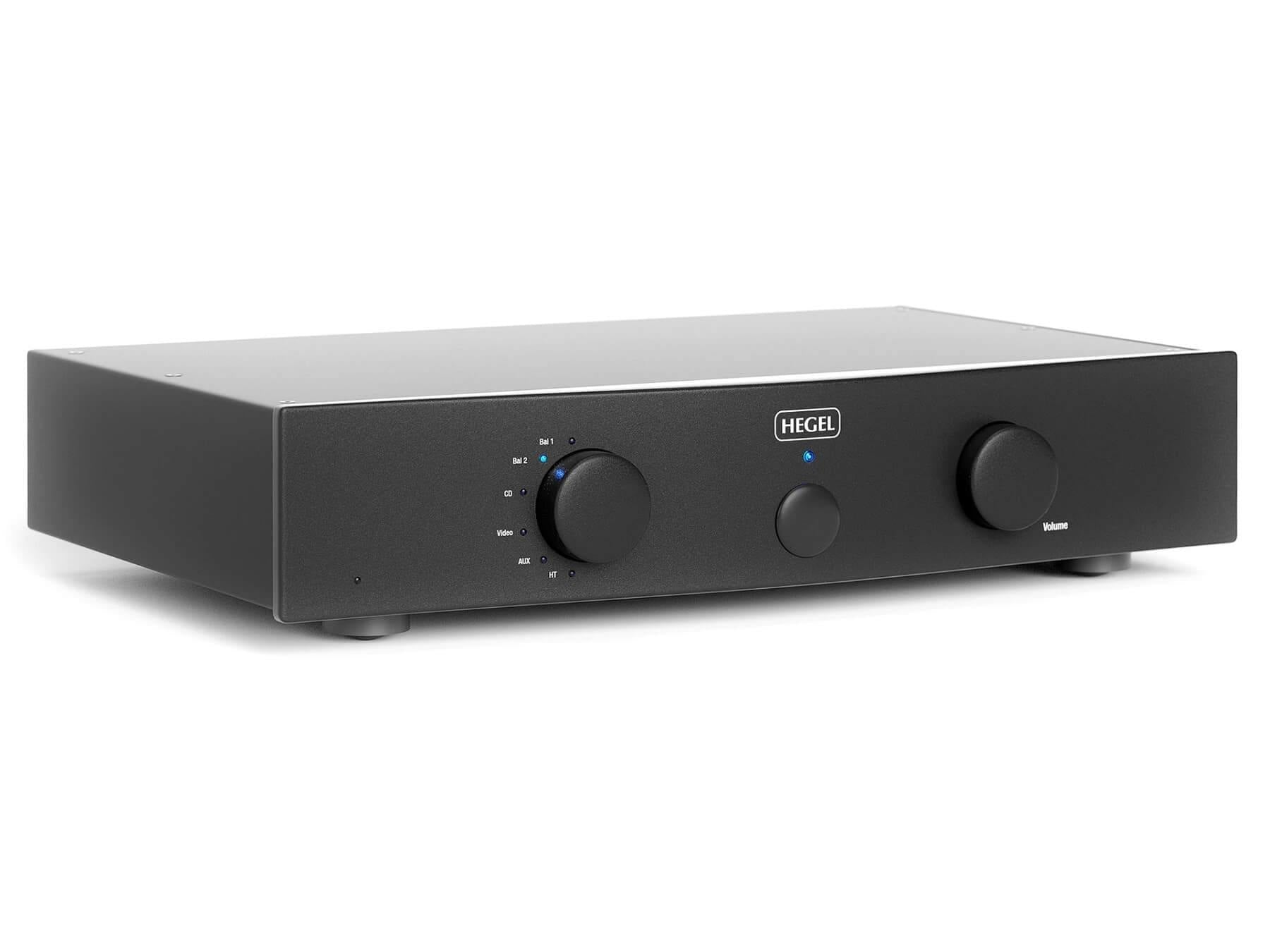 Hegel P30 - Preamplifier - Front Angle