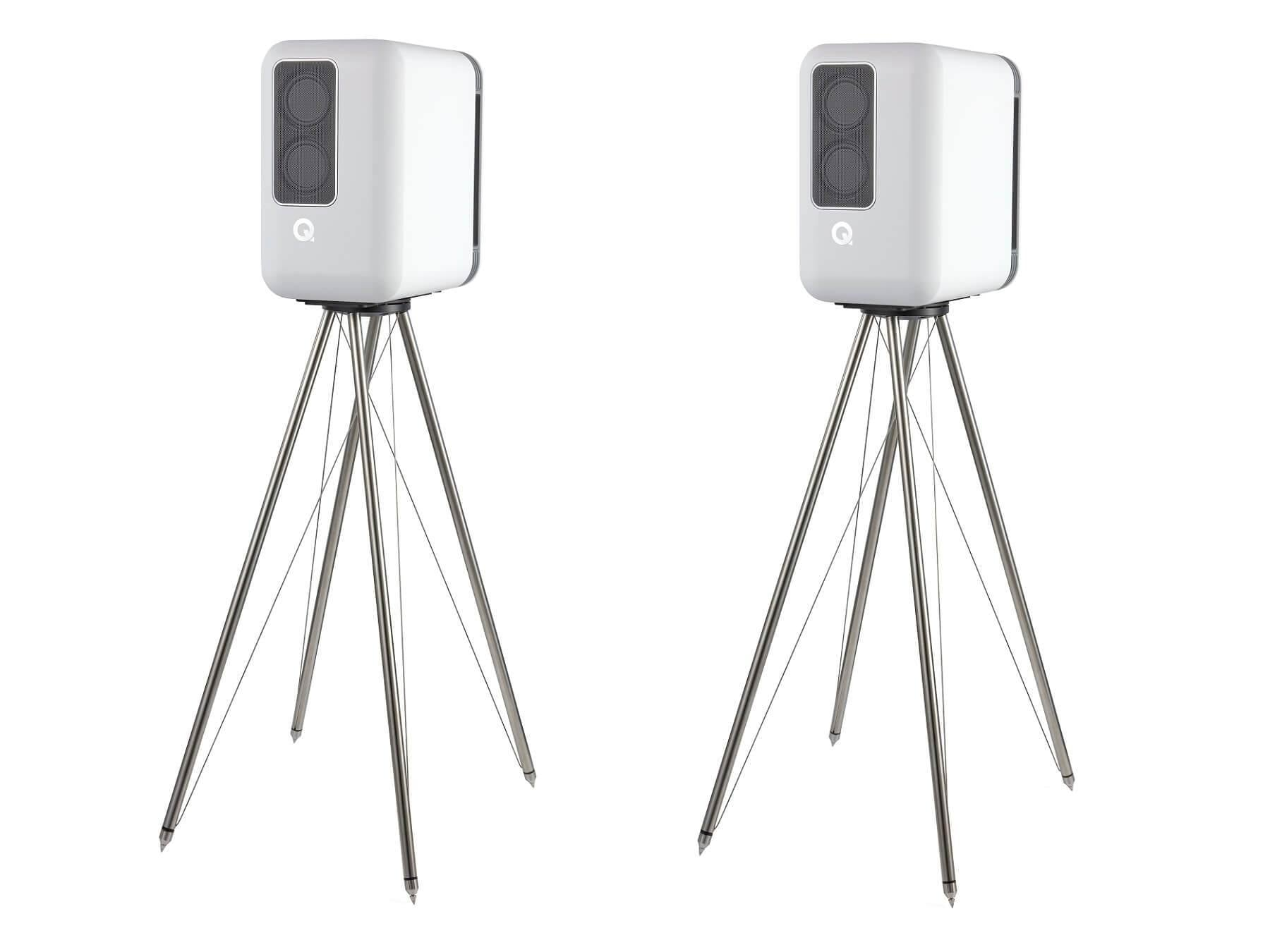 Q Acoustics Q Active 200 - White Speakers and Stands
