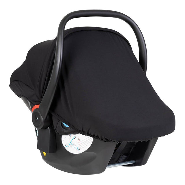 protect infant car seat with integrated black out cover to protect from sunlight_black-silver
