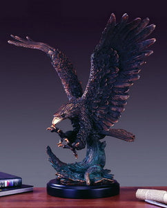 "25"" Hunting Eagle Statue - Wall Street Treasures"