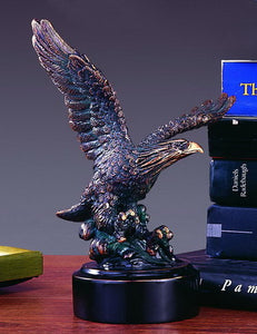 "7.5"" Hunting Eagle Statue - Wall Street Treasures"