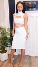Load image into Gallery viewer, Pure Elegance Midi Dress