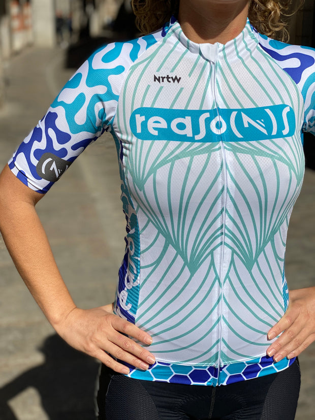 """The Blue Chameleon"" Jersey (F)"