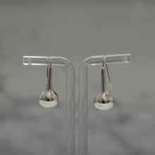 Load image into Gallery viewer, Nugget Earrings