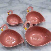 Load image into Gallery viewer, Flamingo Measuring Cups