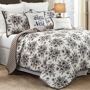 Lyla Quilt Sets HiEnd Accents - unique linens online