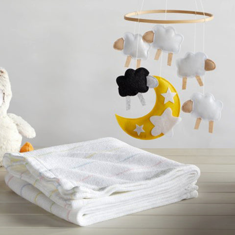 Daisy Cotton Baby Blanket - unique linens online