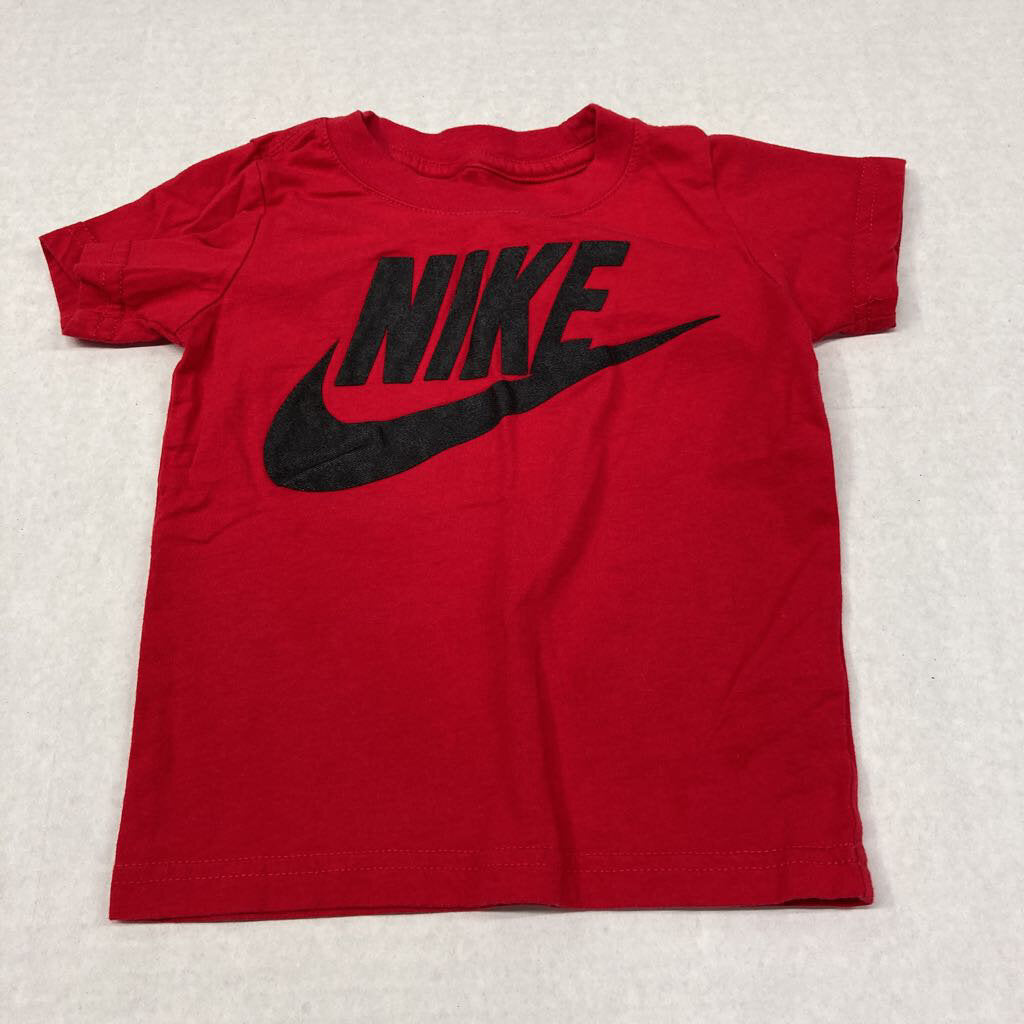 Nike * 2 Red