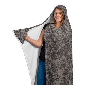 GrishaVerse Signature Hooded Blanket