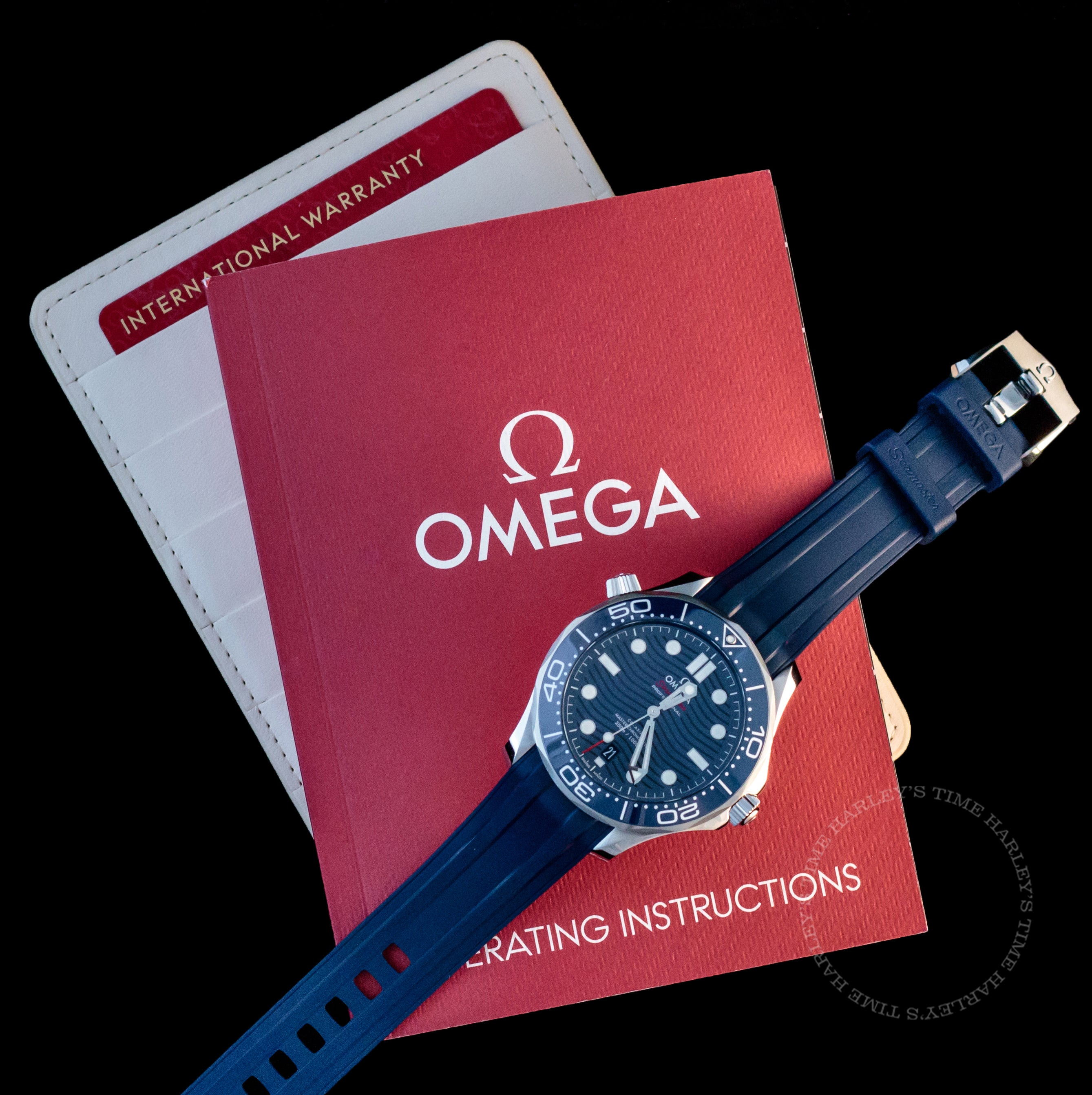 Omega Seamaster Diver 300M Blue Dial 42mm Rubber Band 210.32.42.20.03.001