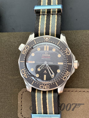 OMEGA Seamaster Diver 300M 007 210.92.42.20.01.001 Bond Nato Band 42mm