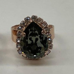 Mariana Ring Clear Green Pear Crystal with R/S