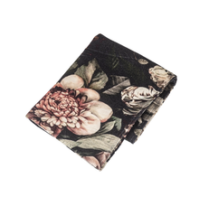 Load image into Gallery viewer, Peony Print Velvet Throw