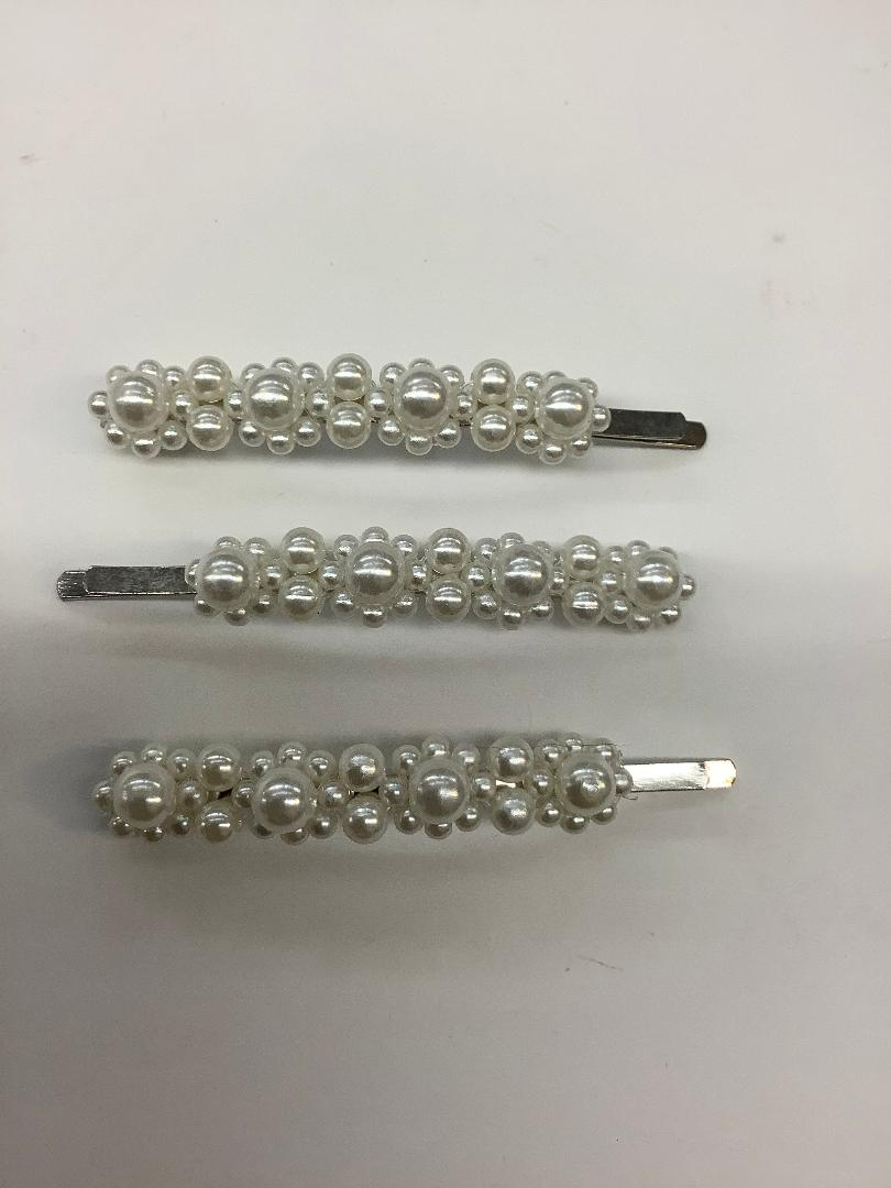 Side Pin with Pearls