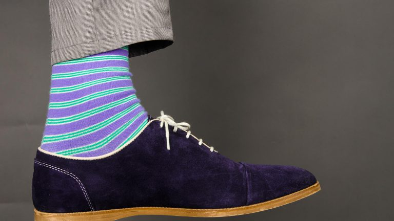 Matching socks color with shoes - Mens Fashion Blog