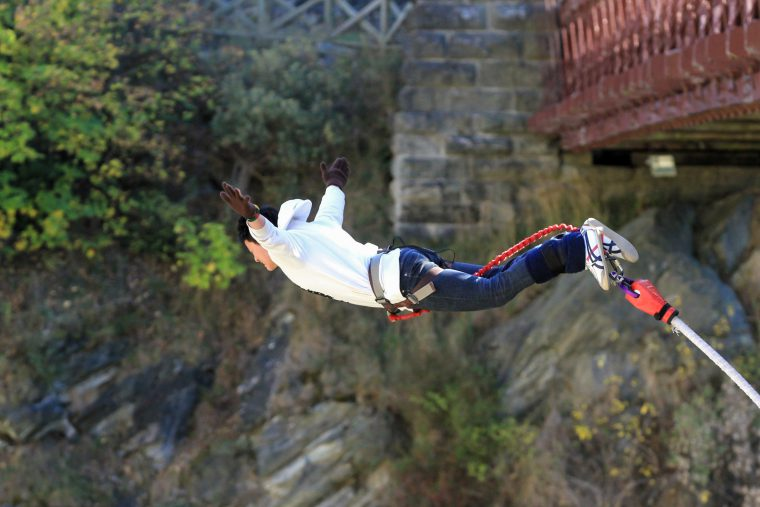 Bungee Jumping - Cinthol Awesome Men