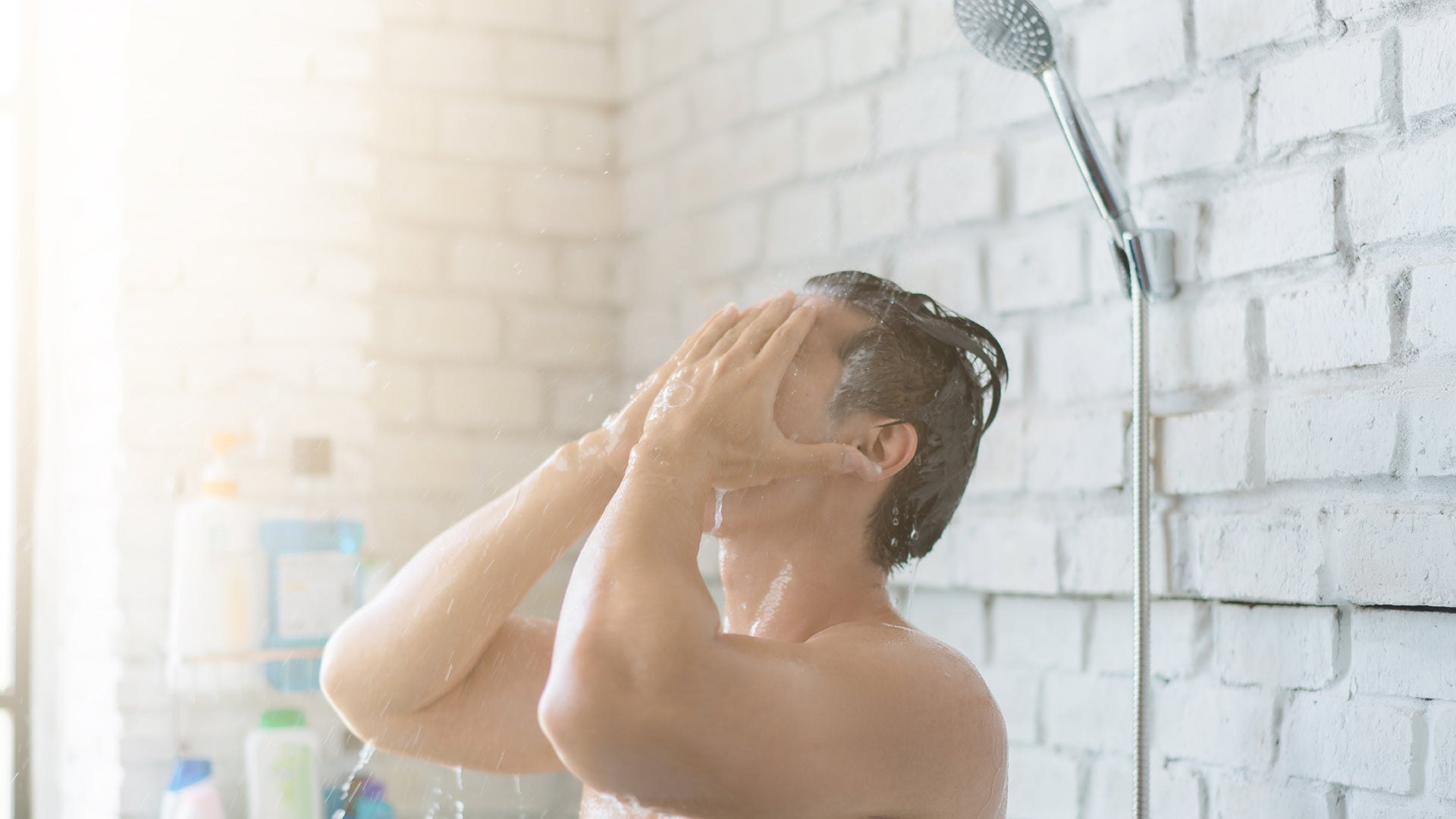 Avoid Hot Water Shower - Sensitive Skin Care Tip by Cinthol Awesome Men