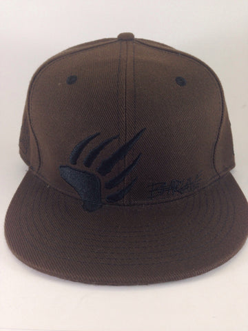 Grassroots California // Bear Claw Hat // Size 7 1/8