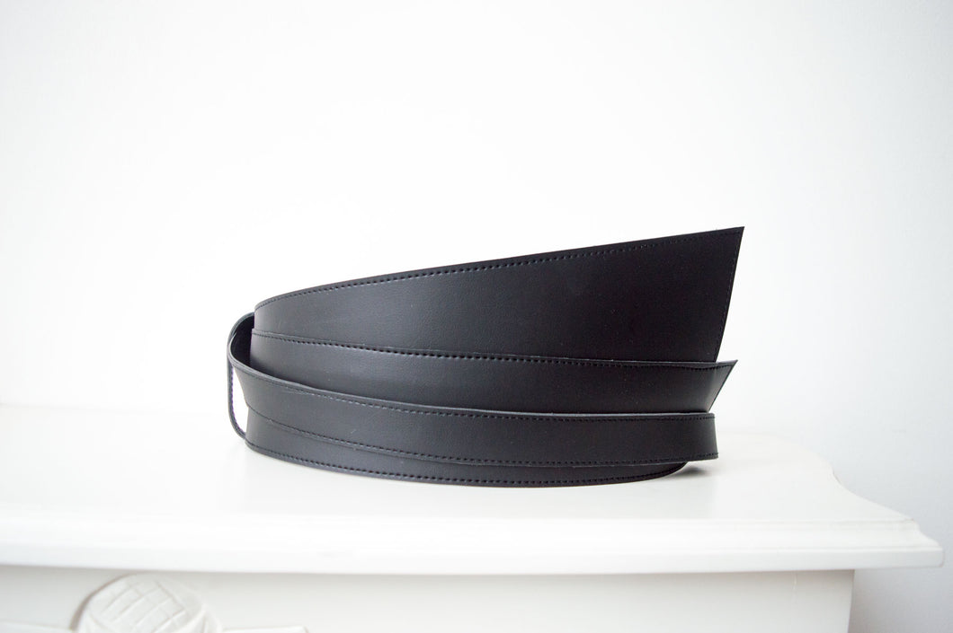 Black Leather Obi Wrap Belt Praise
