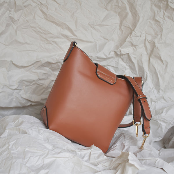 MINA BUCKET BAG - TAN