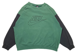 90's Nike Made in USA Vintage Sweat-Shirt / 685