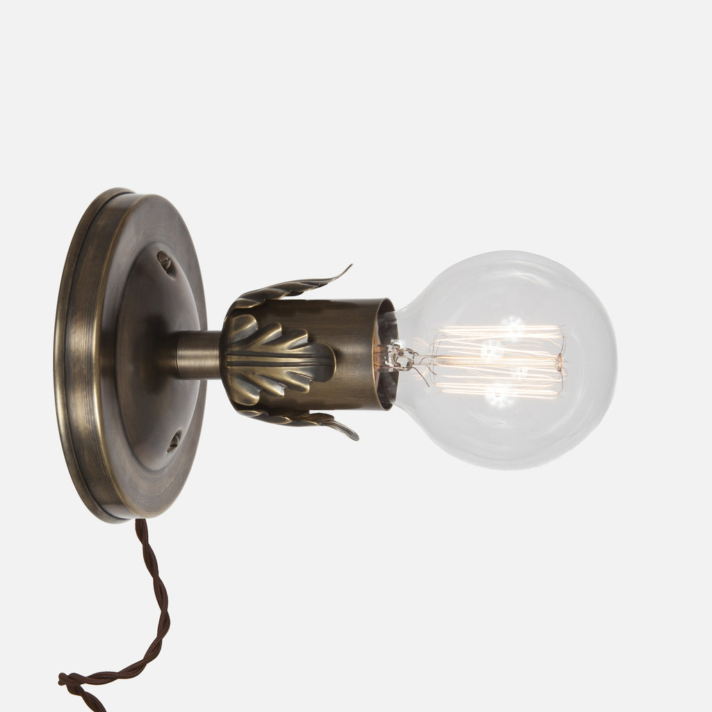 Fleurette Wall Sconce - Vintage Brass - Plug-in