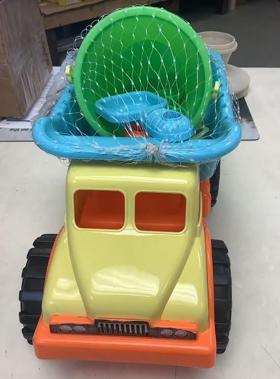 Water Sun & Fun Dump Truck with Sand Toys - 57685