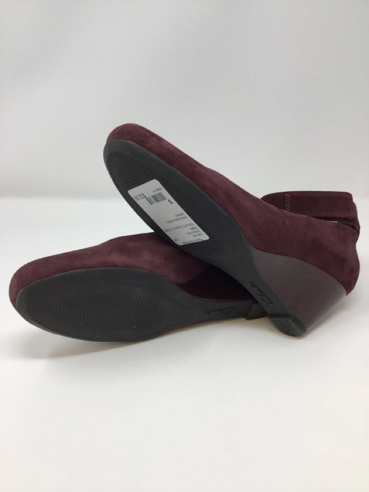 Clarks Women's Size 9 Burgundy Suede Wedged Heel