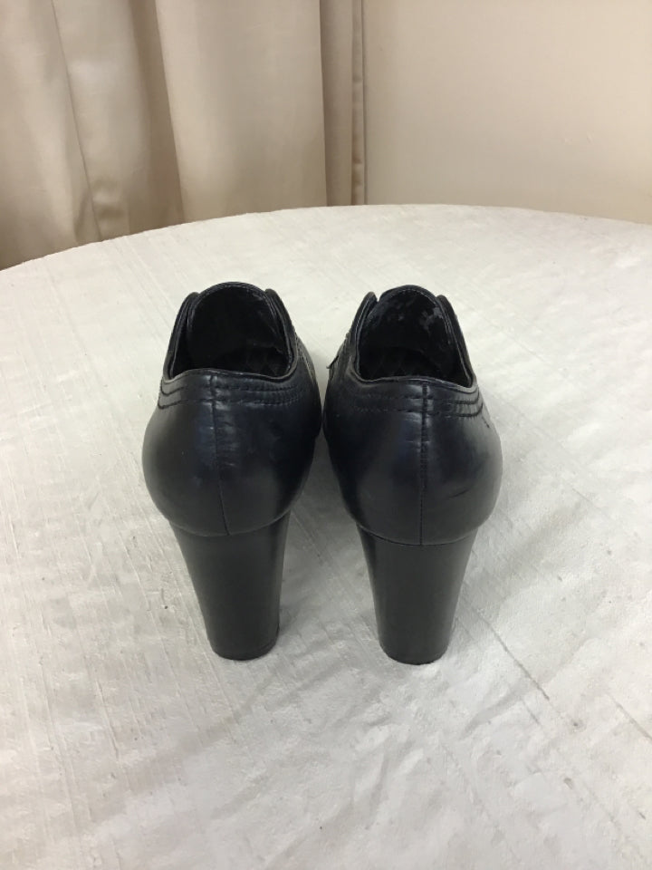 Easy Spirit Size 8.5 Black Leather Booties