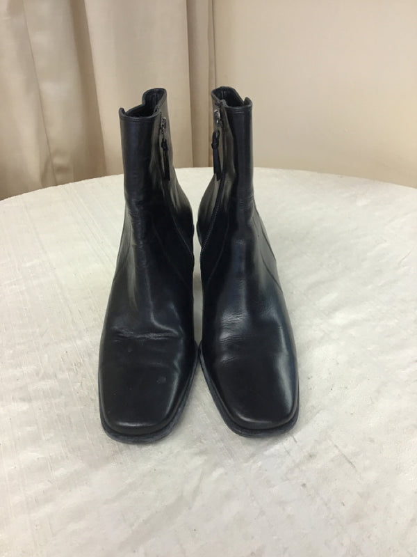 Cole Haan Size 7 Black Leather Short Boots
