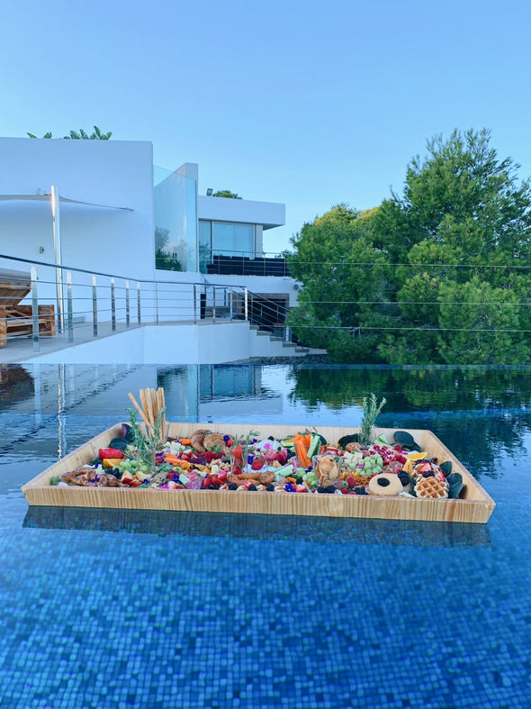 Floating picnic swimming pool