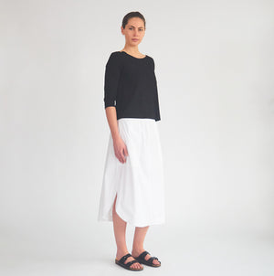 Relaxed Boat Neck - White