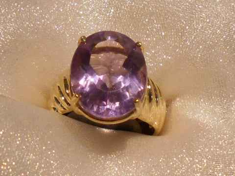 Picture of Ladies' ring E4879