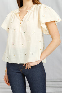 Flutter Sleeve Embroidered Top - Creme