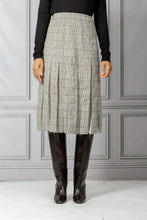 Load image into Gallery viewer, Binka Pleated Skirt - Mini Check