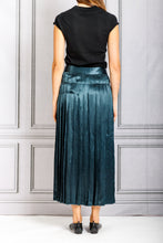Load image into Gallery viewer, Crinkled Pleated Skirt - Teal