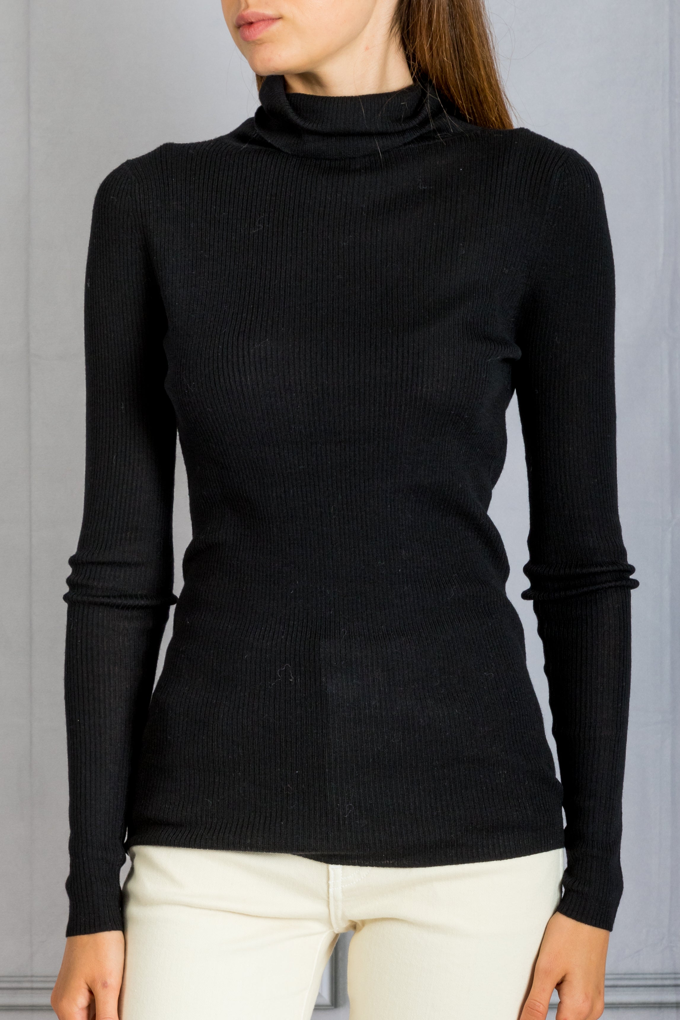 Plum Ribbed Turtleneck - Noir