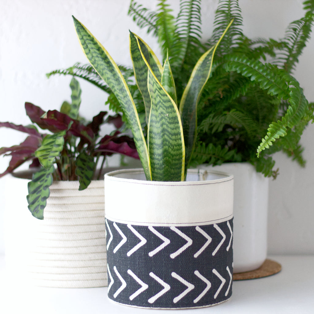 How to make a DIY fabric planter featured image
