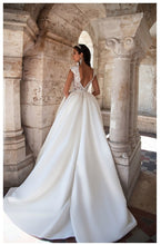 Load image into Gallery viewer, Bride Dresses With Pocket