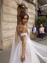 Load image into Gallery viewer, Spaghetti Straps Bridal Dress