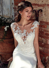 Load image into Gallery viewer, Appliqued Lace Wedding Dress